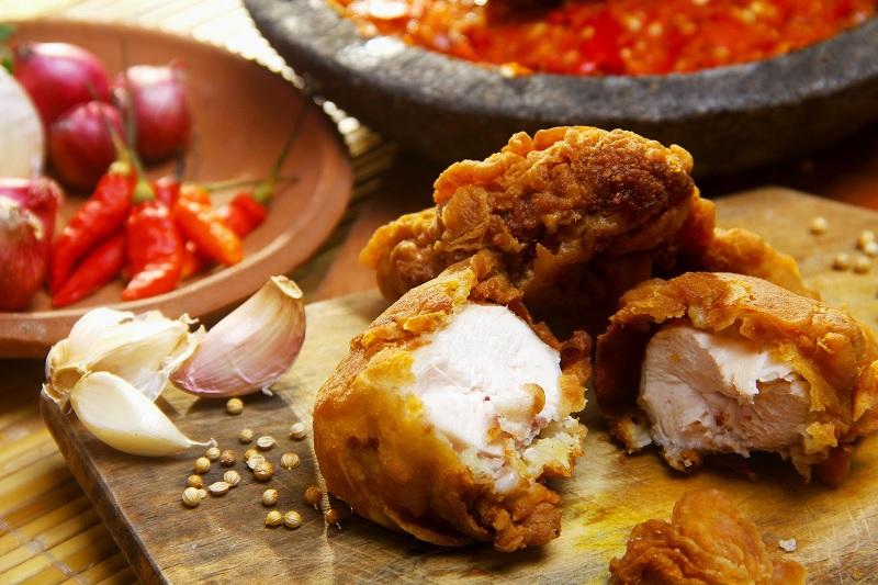 Resep Ayam Geprek Bahan Sederhana Rasa Istimewa